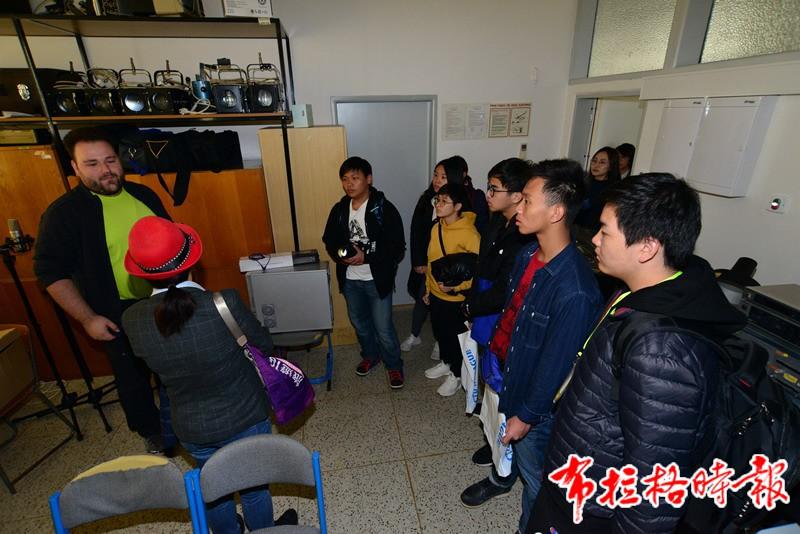 2019102900018 - 【布拉格时报】2019香港青年丝路文化交流团访问捷克科技大学
