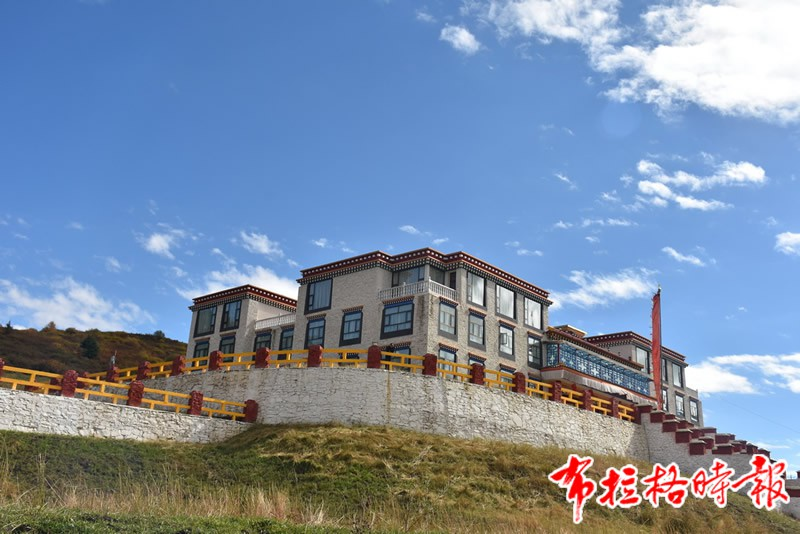 DSC 1849 - 【布拉格时报】唐卡艺术传承后继有人:访松潘象藏艺术学校