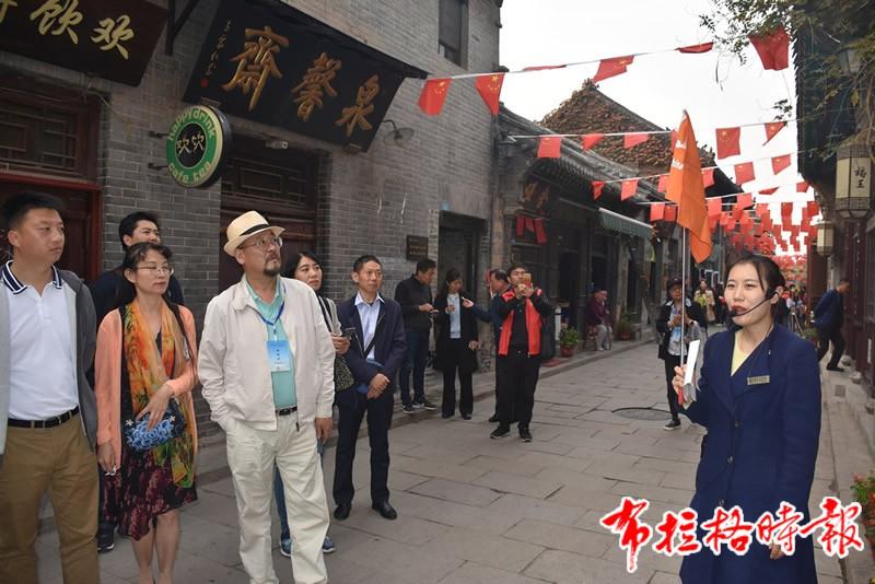 DSC 4187 1 - 【布拉格时报】新中国第一面五星红旗从这家老字号走来